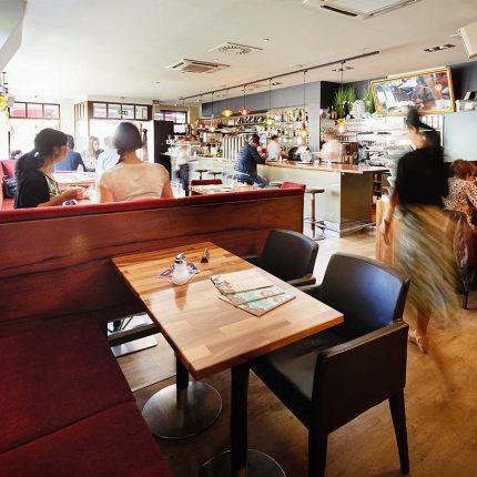 Café 21 – Innen